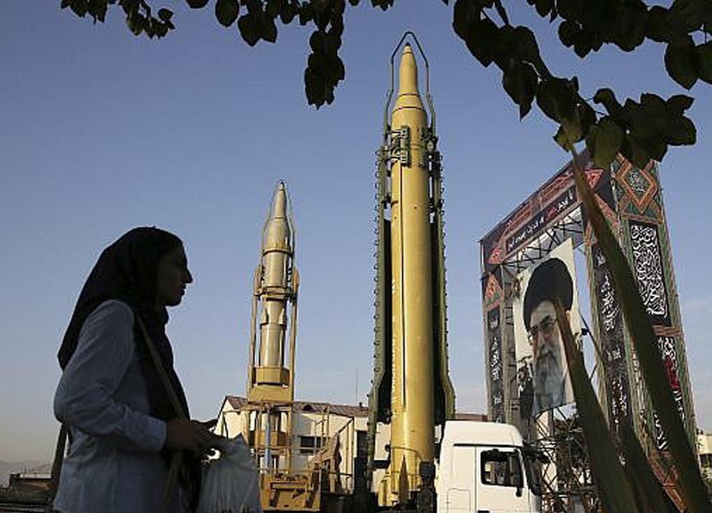 محكمة إيرانية تقضي بسجن بريطانية لـ10 سنوات
