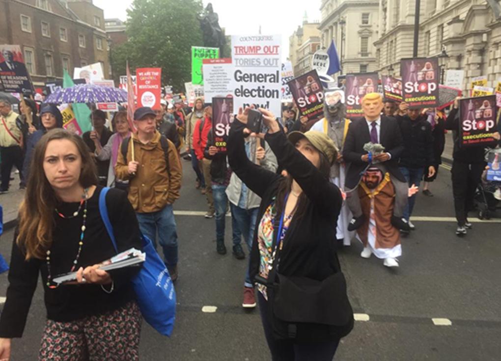 مظاهرات ضخمة ضد ترامب في وسط لندن - شاهد