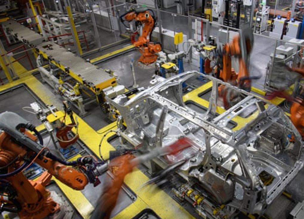 بسبب بريكست ..إغلاق المصانع وانخفاض تصنيع السيارات 45%