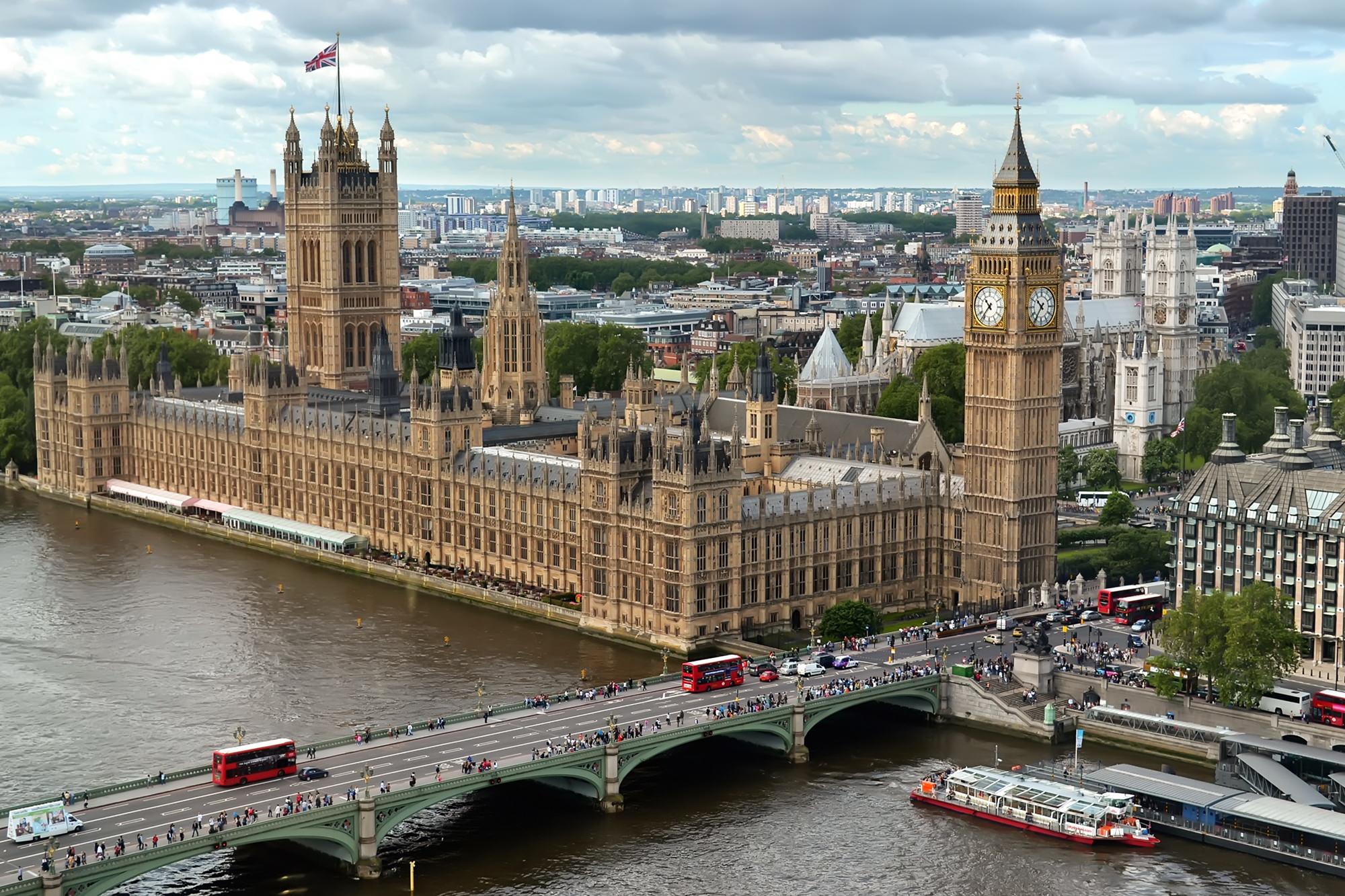 تعرف على أشهر ١٥ مقصدا سياحيا في لندن صيفا