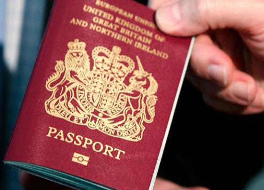 بريطانيا تتجه لتخفيف شروط الهجرة بهدف استقطاب العلماء
