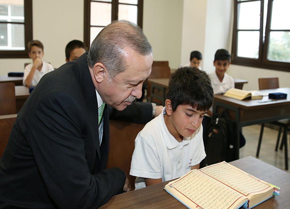 5 آلاف طالب أجنبي حصلوا على منح في تركيا خلال 2019