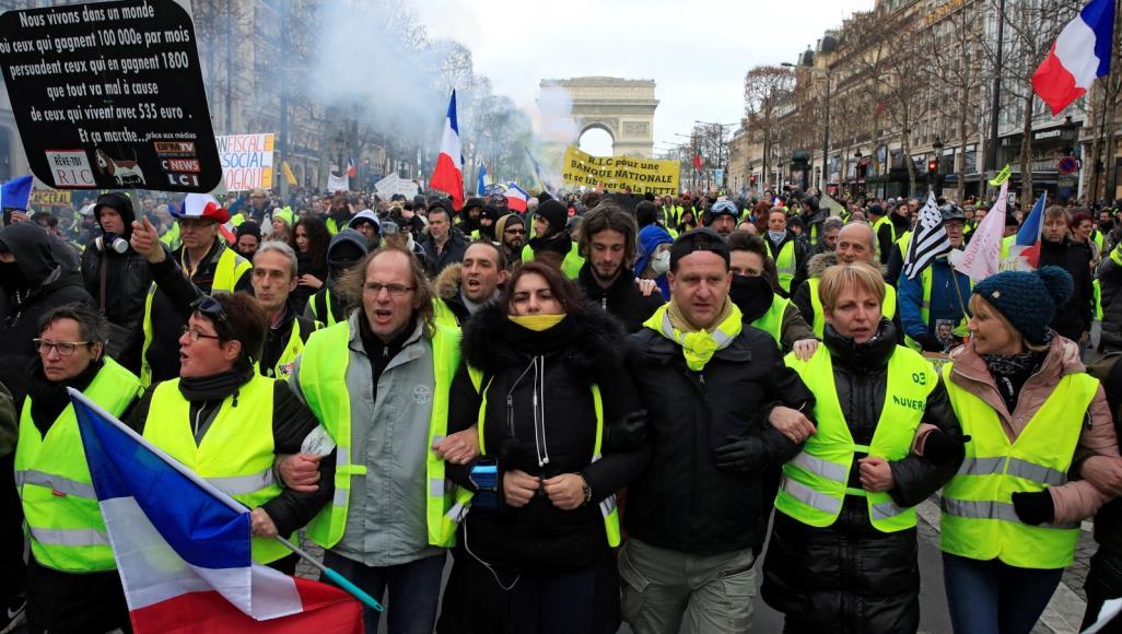 للأسبوع الـ46.. السترات الصفراء تواصل حراكها في شوارع باريس