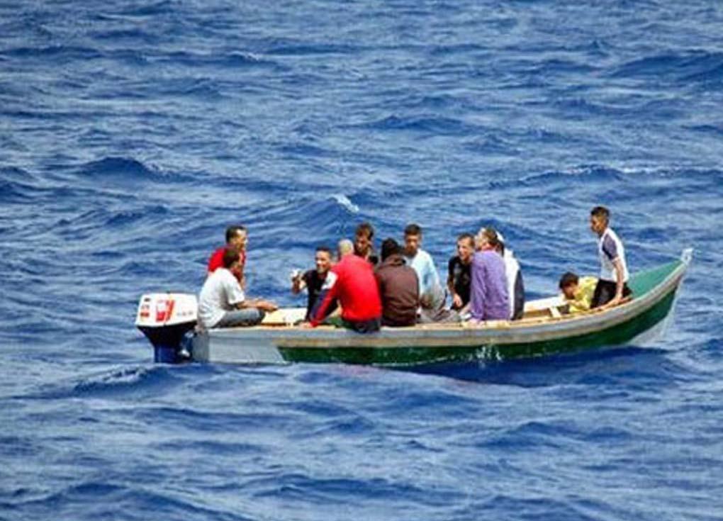 وزير الداخلية الألماني يتحدث عن توزيع مهاجري القوارب
