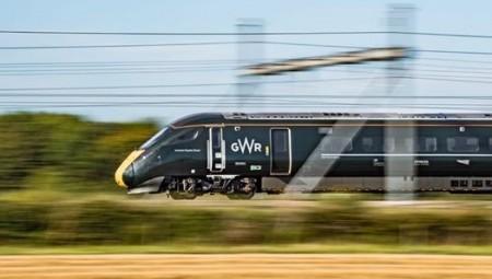 بريطانيا نحو اتفاق مع شركة صينية لبناء خط قطار فائق السرعة