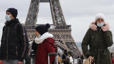 وكالة فيتش تخفض تصنيف الآفاق الاقتصادية لفرنسا