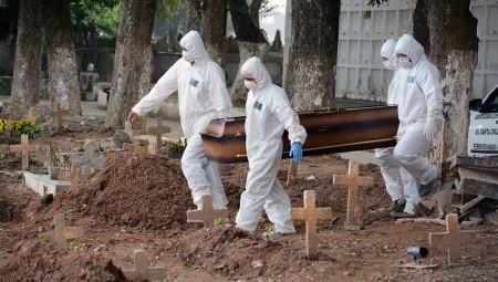 جامعة أكوسفورد: وفاة أول حالة في العالم لامرأة أصيبت بفيروس كورونا مرتين