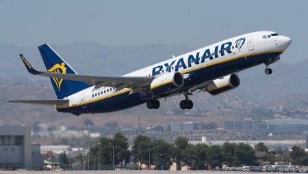 شركات الطيران البريطانية تقابل إجراءات الحكومة بالرفض محذرة من أنها قد تقتل السفر الجوي