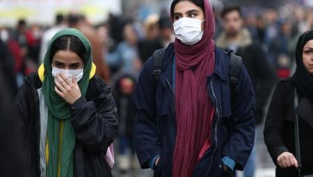 كورونا يغلق كل شيء تقريبا في إيران.. والجوار يغلق حدوده