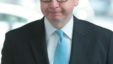 مايكل جوف آخر الوزراء البريطانيين تأثرا بكورونا
