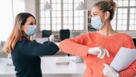 عاجل.. السلطات البريطانية تحذر من أن فيروس كورونا الجديد يمكن أن ينتشر بمعدل أسرع