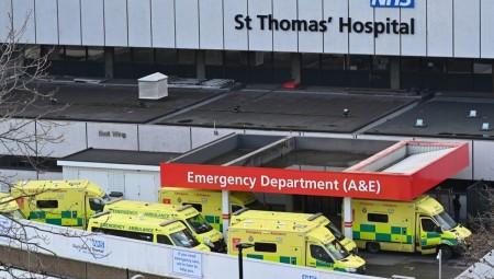 عاجل.. إعلان حالة الطوارئ في لندن بسبب ارتفاعات حالات الإصابة بفيروس كورونا في المستشفيات