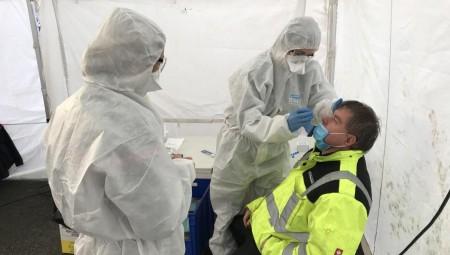 بريطانيا تجرب علاجا جديدا لمرضى كوفيد-19 عن طريق الاستنشاق