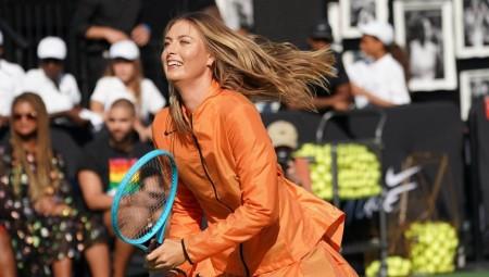 الروسية شارابوفا تعلن اعتزال كرة المضرب