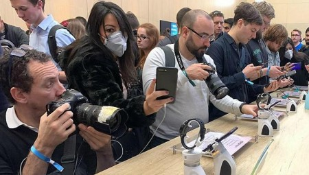 برشلونة.. كورونا يلغي المؤتمر العالمي للهاتف المحمول