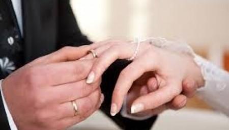 عادات جديدة للزفاف في بريطانيا.. تأثراً بكورونا