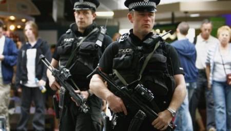 الشرطة البريطانية تقبض على أكثر المجرمين خطورة