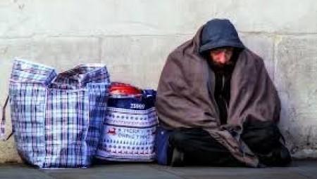 الجمعيات الخيرية تحذر من تزايد عدد الوفيات جراء كورونا بين المشردين