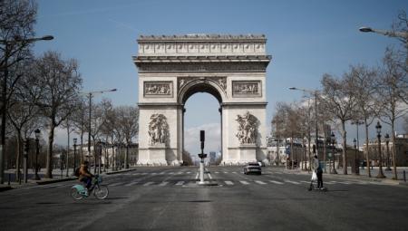 فرنسا تطبق حظرا للتجول لاحتواء جائحة كورونا