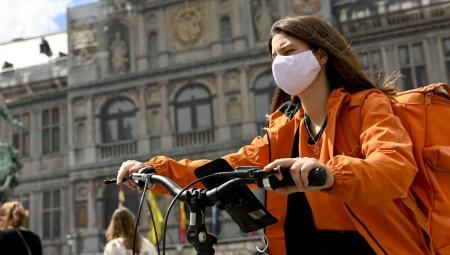 بلجيكا تمنع السفر غير الضروري لوقف انتشار الفيروس