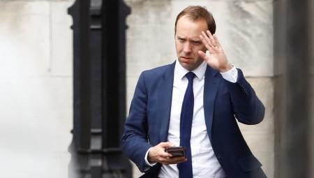 وزير الصحة البريطاني يعلن إصابته بفيروس كورونا
