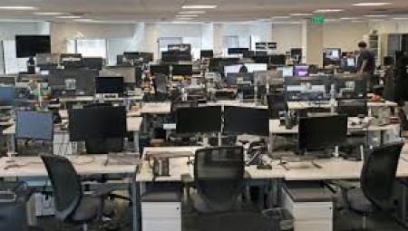 مخاوف من موجة تسريحات من العمل في بريطانيا وثلث الشركات تعتزم إلغاء وظائف