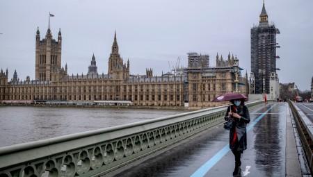 بريطانيا.. توقعات بإغلاق ربع مليون شركة صغيرة جراء تداعيات الوباء
