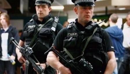لندن.. الشرطة تحذر من التعرض لعناصرها بعد صدامات خلال حفلات غير مرخصة