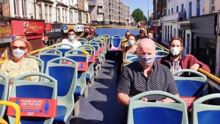 لندن.. حافلات بلا سقف لمواجهة مخاوف انتشار كورونا