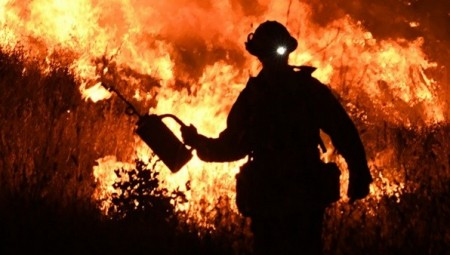 لندن.. إخلاء 100 منزل جنوبا بسبب حريق ضخم