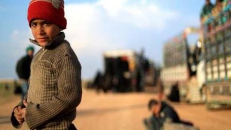 لندن تعيد طفلاً بريطانياً يتيماً من سوريا بعد انهيار تنظيم داعش