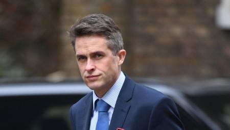 وزير التعليم البريطاني يحذر الآباء من إجراء اختبار كورونا على أطفالهم