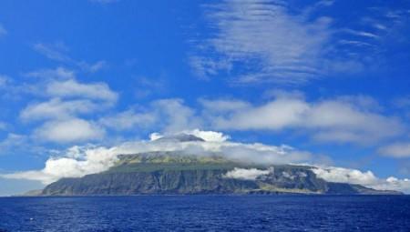 كيف تبدو الحياة في أبعد جزيرة في الأرض؟