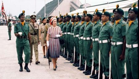 الملكة إليزابيث الثانية تفقد سيادتها على جزيرة باربادوس