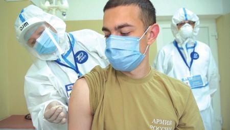موسكو.. مشاركة نحو 60 ألف متطوع في اختبار اللقاح ضد كورونا