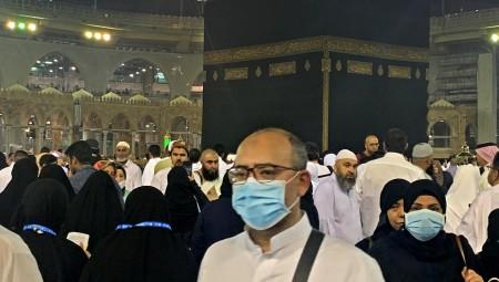 عاجل.. السعودية تقرر السماح بأداء مناسك العمرة اعتبارا من 4 تشرين الأول/أكتوبر