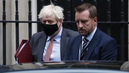 جونسون: بريطانيا بلغت مرحلة حرجة في تفشي وباء كورونا