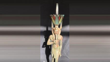 مصر.. العثور على تمثال للإله نفرتوم يعود إلى أكثر من 2500 عام