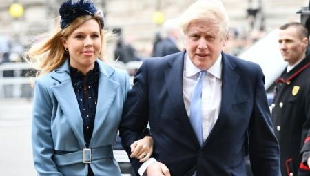 جونسون يواجه أزمة ثقة مع انطلاق مؤتمر حزبه المحافظ