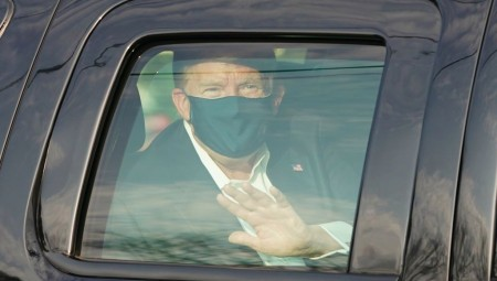 عاجل.. ترامب يعود إلى المستشفى بعد إلقائه التحية على أنصاره من داخل سيارته