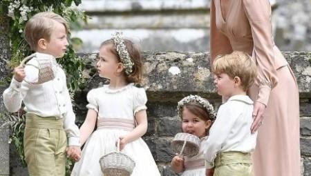 ماذا سأل أطفال العائلة الملكية البريطانية عالم الطبيعيات