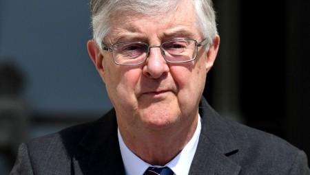 حكومة ويلز تعلن فرض إغلاق شامل