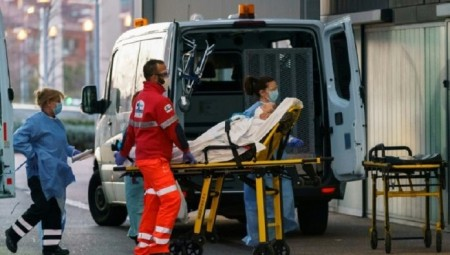فرنسا.. أكثر من 50 ألف إصابة بكوفيد-19