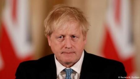 جونسون: بريطانيا تجاوزت ذروة فيروس كورونا لكن يتعين البقاء في حالة تأهب