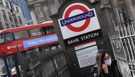 تايمز: بريطانيا تستعد لعزل عام اجتماعي في الشمال وربما لندن