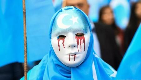 ماركات عالمية كبرى في عين العاصفة الصينية بسبب موقفها من الأويغور