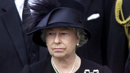 عودة الملكة إليزابيث إلى مهامها في اليوم الرابع لوفاة الأمير فيليب