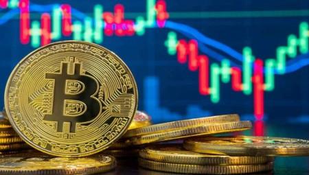 انخفاض كبير في سوق العملات الرقمية.. والـ بيتكوين في خطر