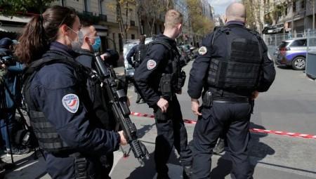 فرنسا.. قتيل وجريحة بالرصاص أمام مستشفى باريسي وفرار مطلق النار