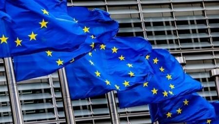 الاتحاد الأوروبي يعلن عن موعد  بدء العمل بنظام جوازات كوفيد